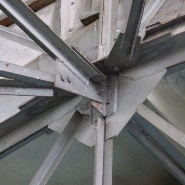 Связевые конструкции, элементы жесткости; стыки и узлы, сопряжения конструкций между собой, способы их соединения и размеры площадок опирания